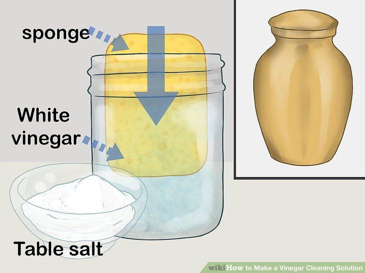 Reinigen Sie das Messing mit einem Salz- und Essigpeeling.