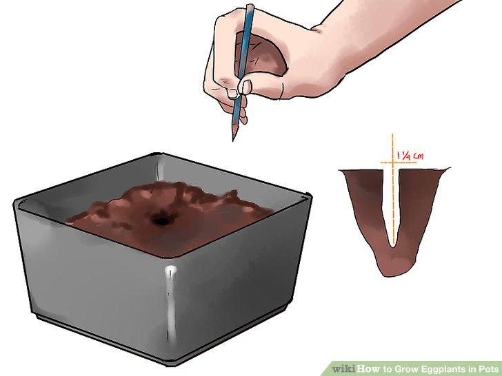 Stecken Sie ein 1/2-Zoll-Loch in die Mitte jedes Topf- oder Ablagefachs.