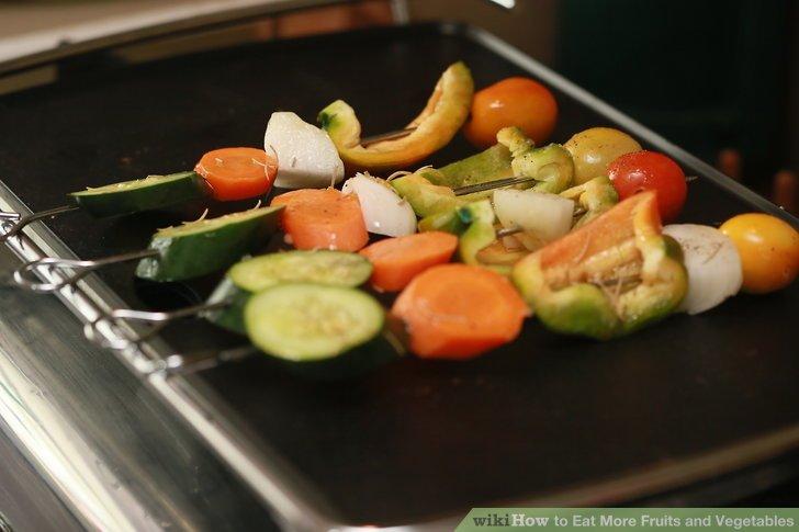 Gemüse braten und im Kühlschrank aufbewahren, um es als Beilage zu den Mahlzeiten hinzuzufügen.