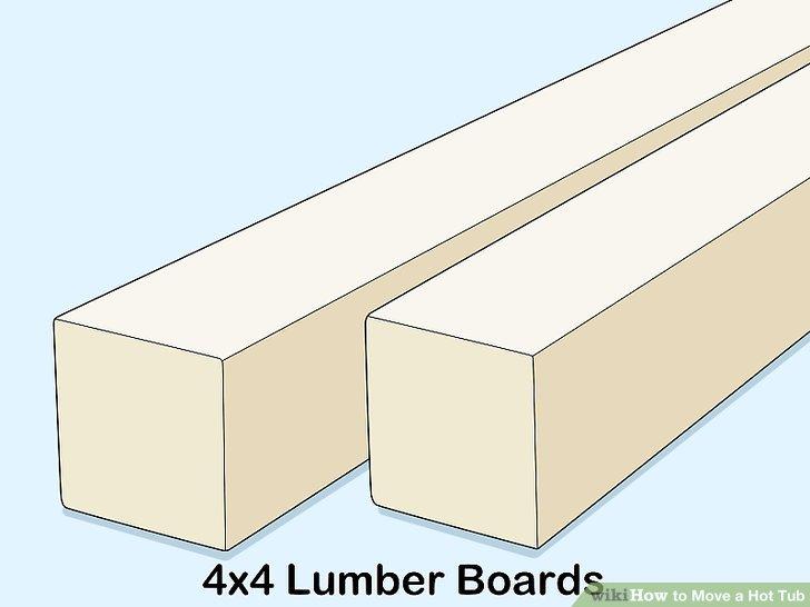 Holen Sie sich 4x4-Holzbrett in einem Baumarkt.