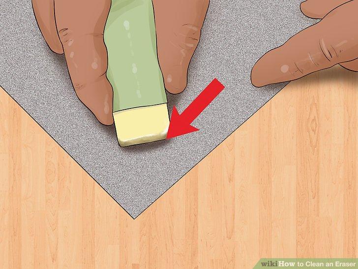Reiben Sie die betroffenen Bereiche Ihres Radiergummis mit Schleifpapier.