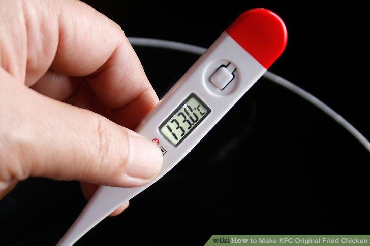 Erhitzen Sie das Öl bei mittlerer bis hoher Temperatur auf 177 ° C.