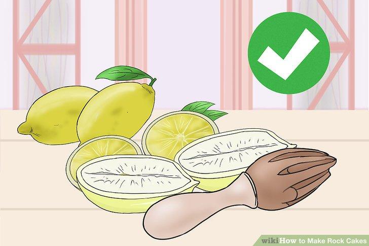 Nemli bir narenciye kek için limon suyu veya portakal suyu ekleyin.