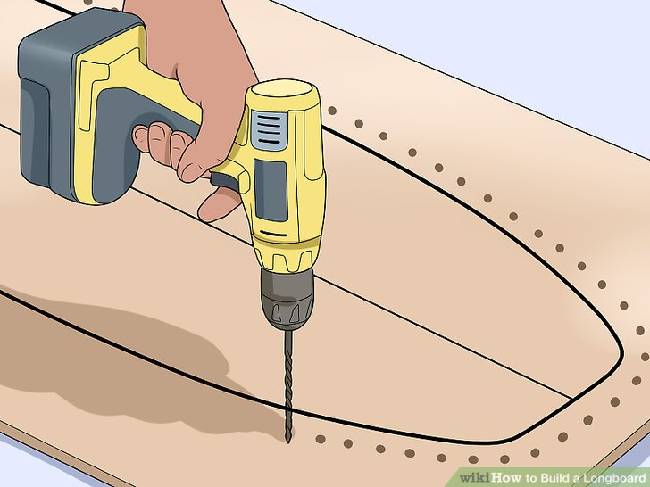 Bohren Sie Löcher um die Außenseite der Platinenumrandung.