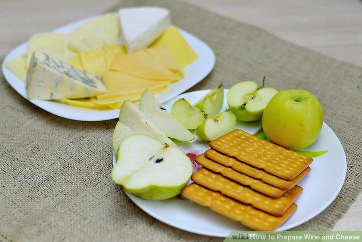 Bieten Sie Begleitungen zu Käse an.