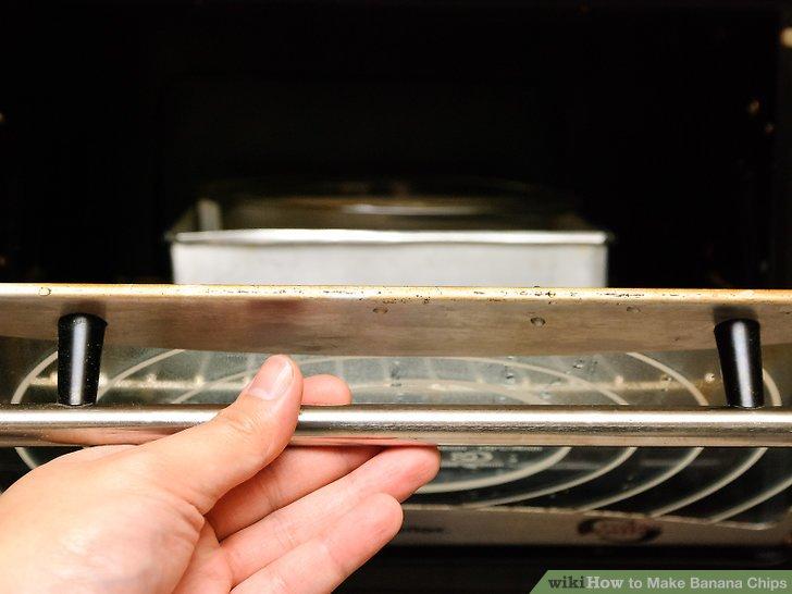 Legen Sie das Blatt in den Ofen.