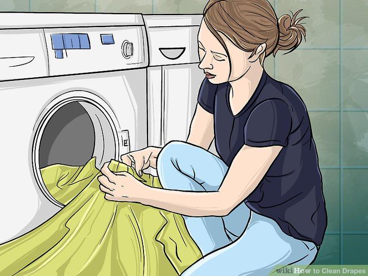 Wenn möglich, Vorhänge in der Maschine waschen.