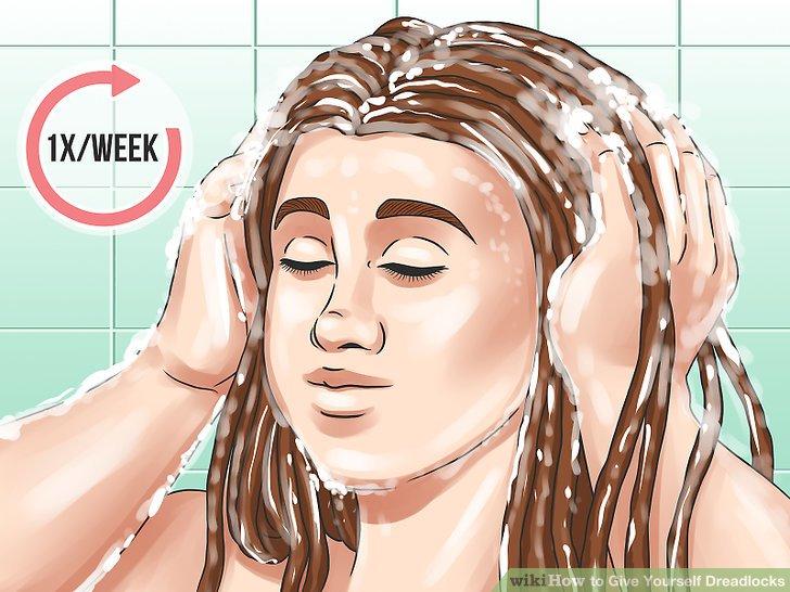 Einmal pro Woche shampoonieren.