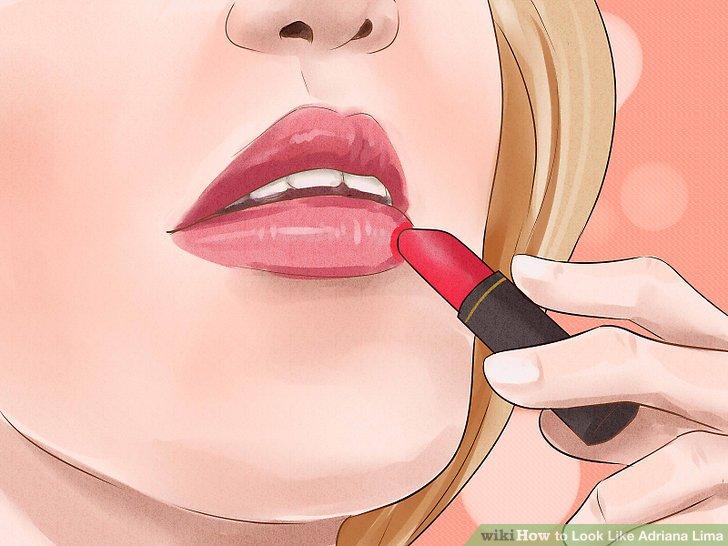 Tragen Sie rosa oder neutralen Lippenstift oder Glanz.