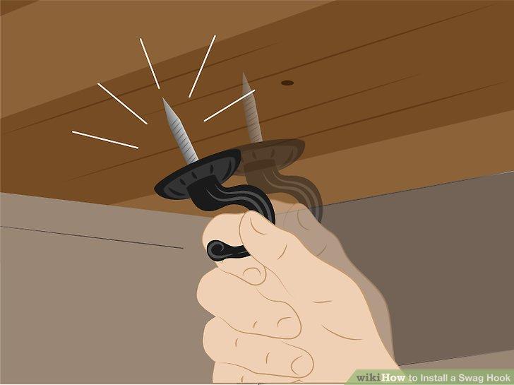 Wenn sich der Beute herauszieht, überprüfen Sie die Position der Umreifung erneut mit dem Stollensucher, bohren Sie ein anderes Loch mit einem kleineren Bohrer in der Nähe und setzen Sie den Bördel wieder ein.