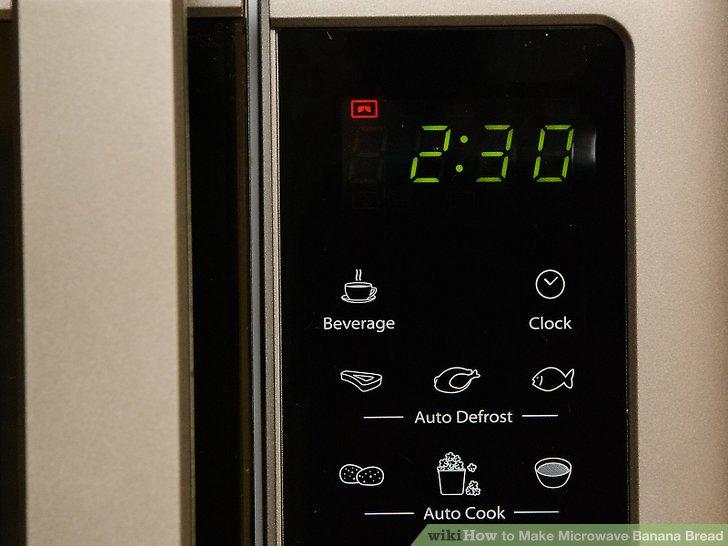 Kochen Sie das Brot 2½ bis 3 Minuten in der Höhe.