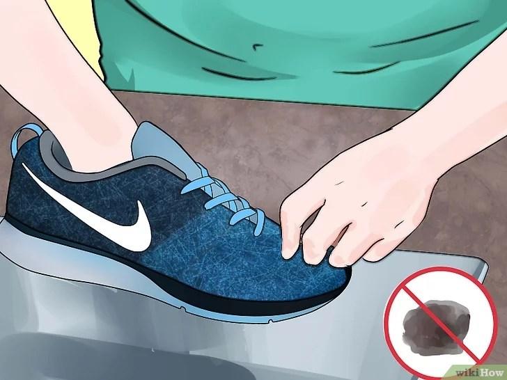 Immagine titolata Prevent Foot Blisters Step 8