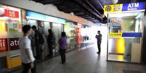 BTN Laporkan 100 ATM yang Terkena Gangguan Satelit Telkom-1 .