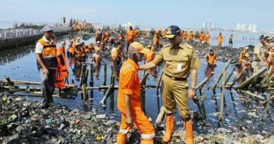 Aksi Cepat Pak Anies Dan Team Dalam Mengatasi Masalah Sampah Yang Menumpuk