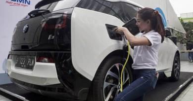 Keren, Pertamina Pamerkan Teknologi Pengisian Daya Mobil Listrik