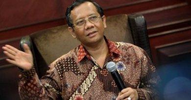 BLAK-BLAKAN!! Prof. Mahfud MD Beberkan Gagal Cawapres di Detik-Detik Terakhir || ILC 14 Agustus 2018