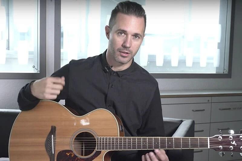 """Papa Roach: Jerry Horton ensina a tocar """"Last Resort"""" no violão"""