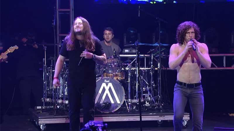 Aaron Pauley faz cover de Audioslave com a banda Nothing More