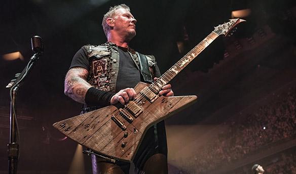 James Hetfield Carl guitarra Metallica
