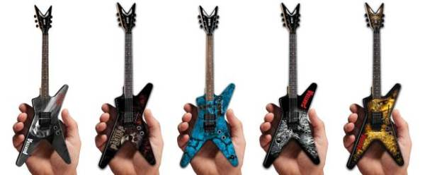 Mini guitarras do Pantera