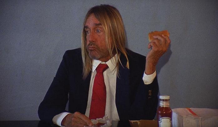 Iggy Pop faz homenagem a Andy Warhol em novo clipe do grupo punk Death Valley Girls
