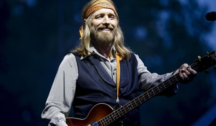 """Nova coleção de Tom Petty traz música inédita """"For Real""""; ouça agora"""