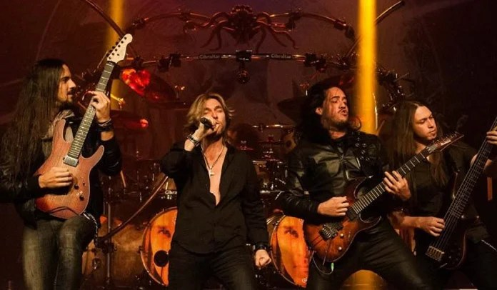 Edu Falaschi celebra 15 anos do álbum Temple Of Shadows com turnê comemorativa