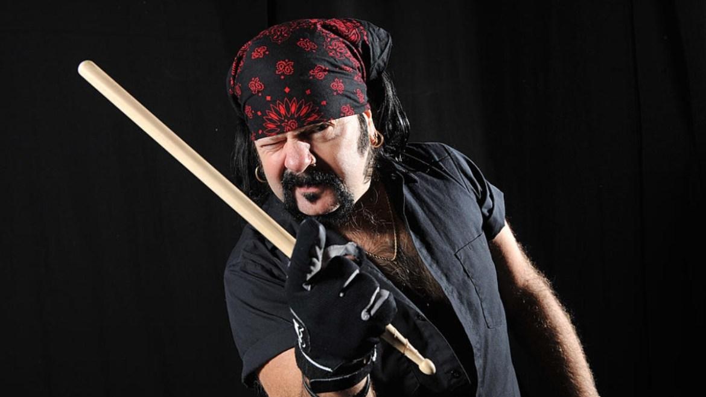 Vinnie Paul ganha nova lápide