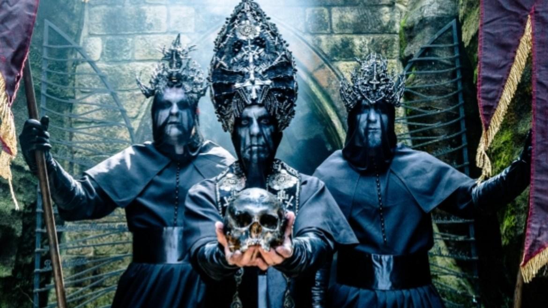 """Behemoth lança clipe assustador de """"Sabbath Mater"""""""