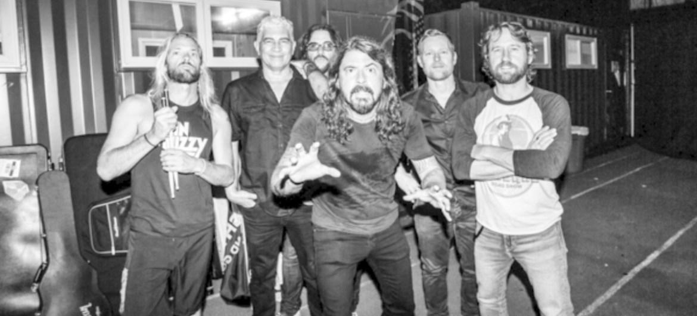 Foo Fighters lança EP surpresa