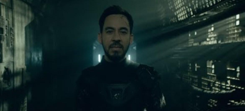 """Mike Shinoda lança clipe de """"Fine"""""""