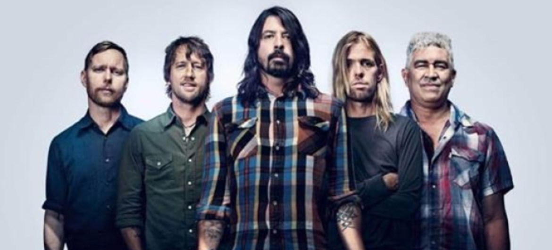 Foo Fighters lança novo EP