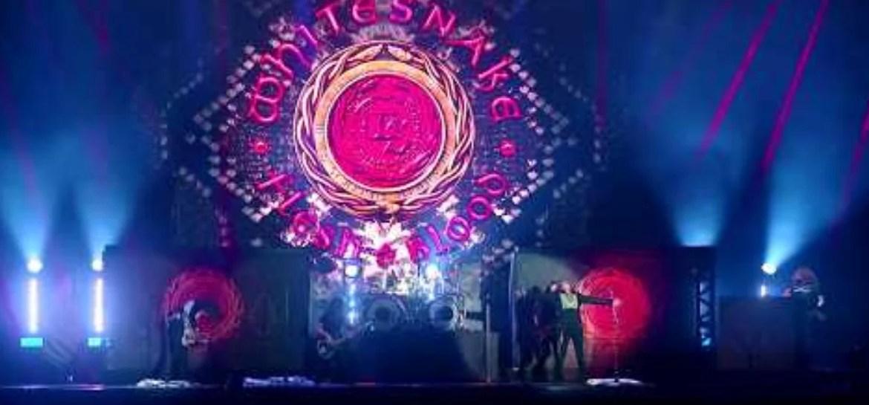 """Whitesnake lança clipe de """"Hey You (You Make Me Rock)"""