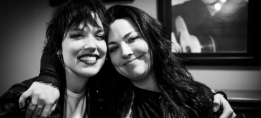 Lzzy Hale, do Halestorm, e Amy Lee, do Evanescence