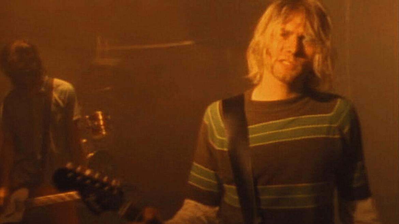 """Nirvana no clipe de """"Smells Like Teen Spirit"""""""