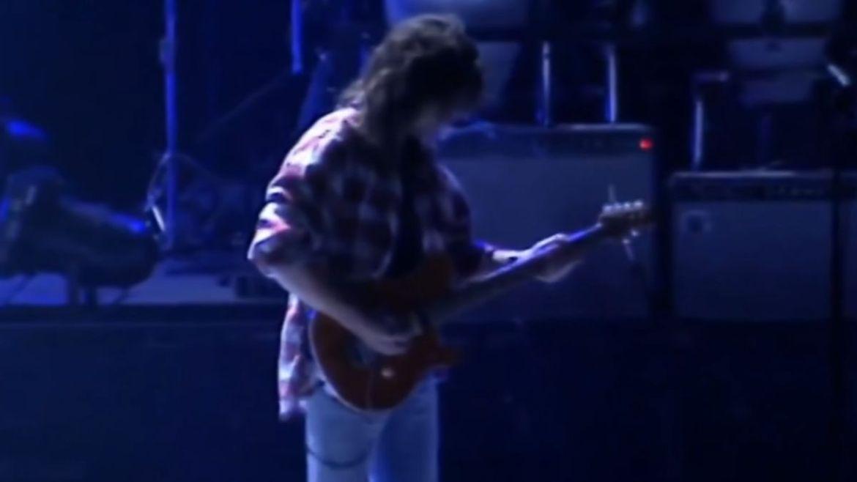 Eddie Van Halen em tributo a Jeff Porcaro