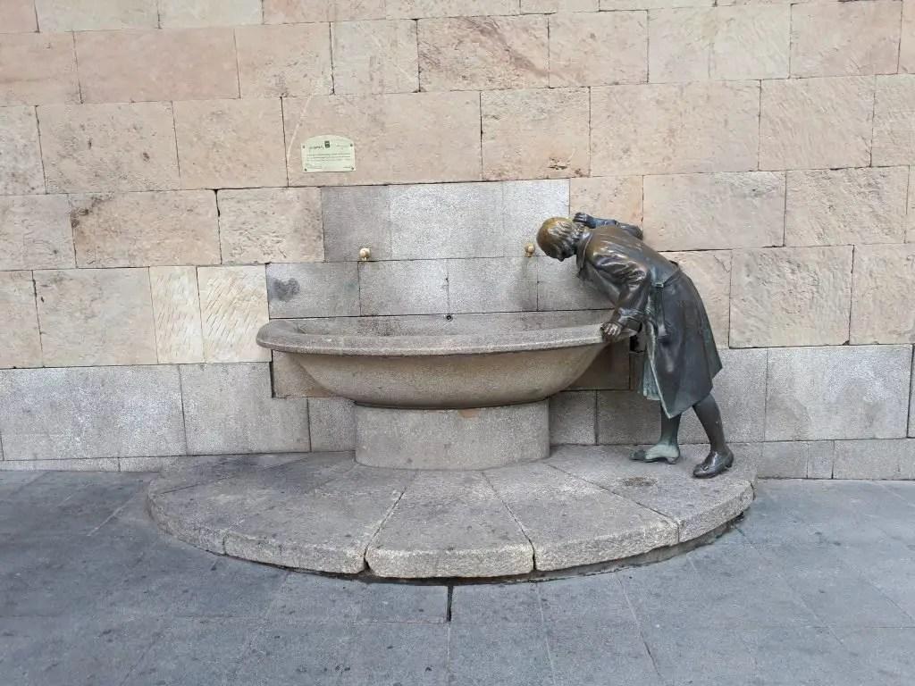 dama de la fuente