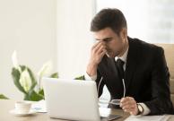 Tips Agar Mata Tetap Sehat saat Sering Lama di Depan Komputer