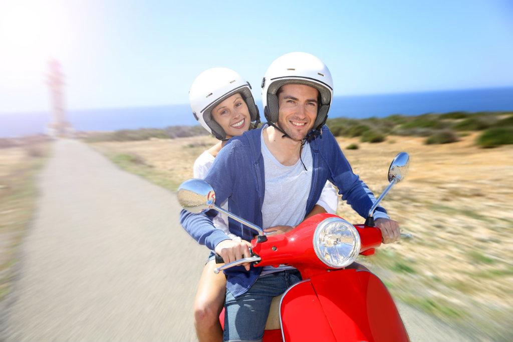 Alles over het motor- en scooter rijden in Spanje