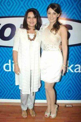 Minnissha Lamba With Her Mother Manju Lamba