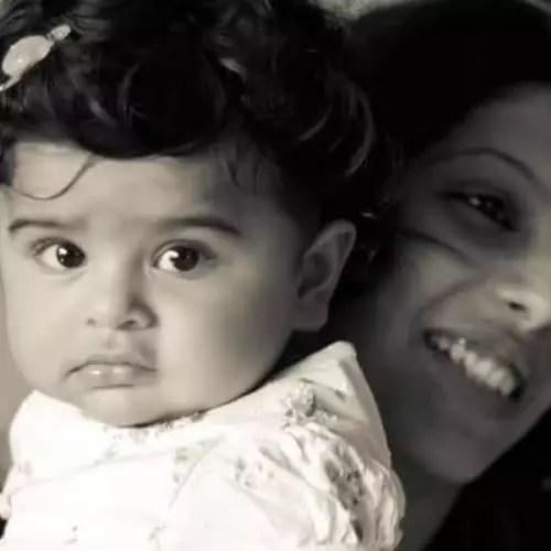 Palki Sharma with Daughter