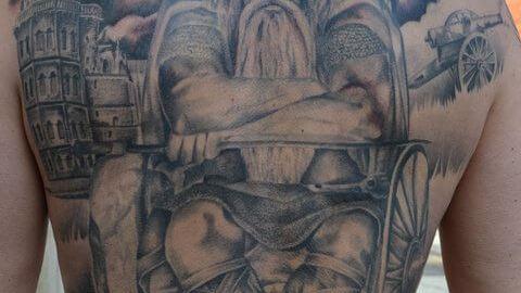 tattoo_ruecken_wikinger