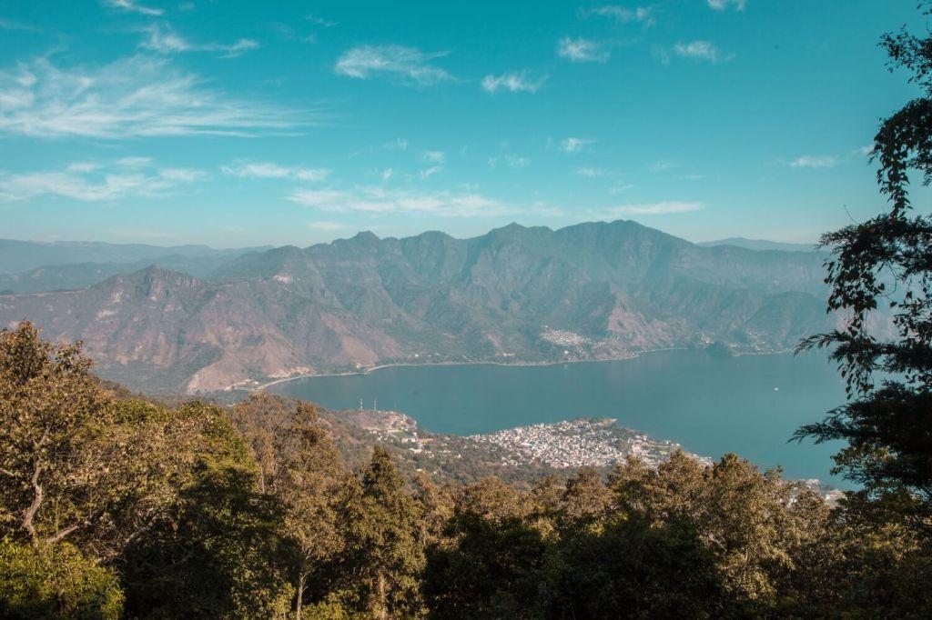 Aussicht auf Lago vom Vulkan San Pedro