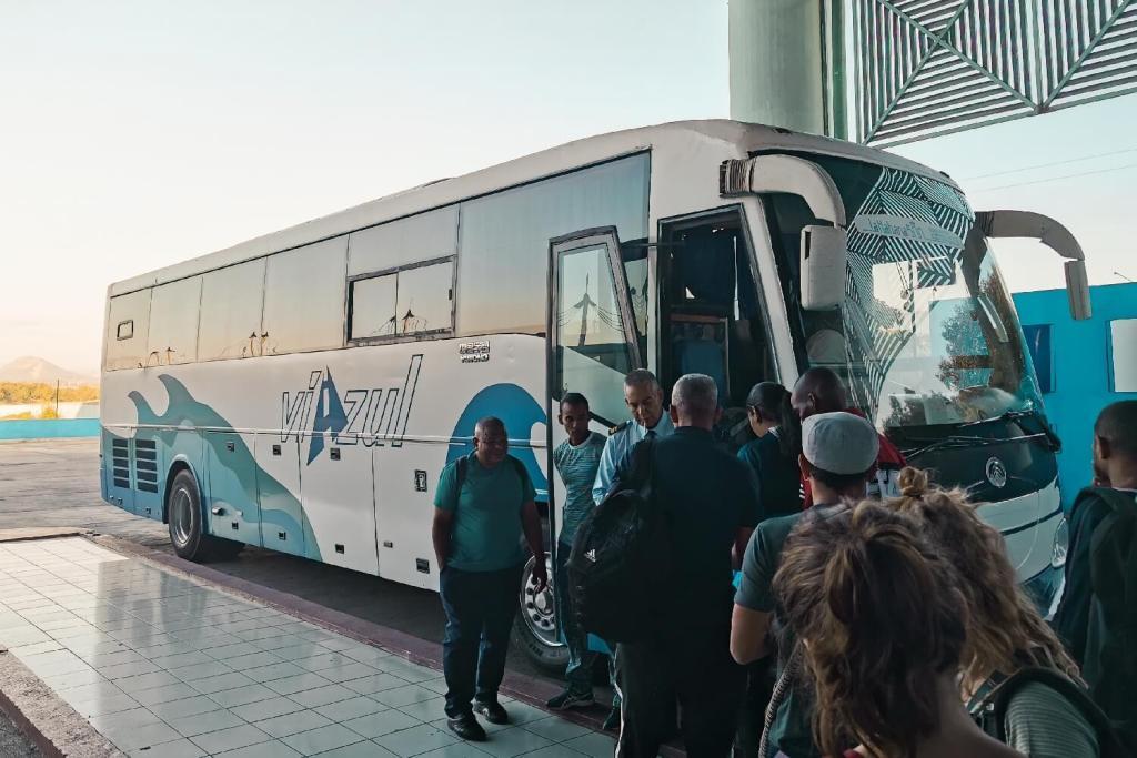 Kuba Viazul Bus