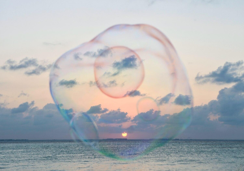 Seifenblasen zum Sonnenuntergang