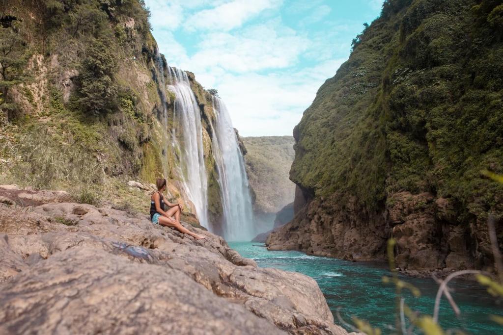 Huasteca Potosina Tamul Wasserfall