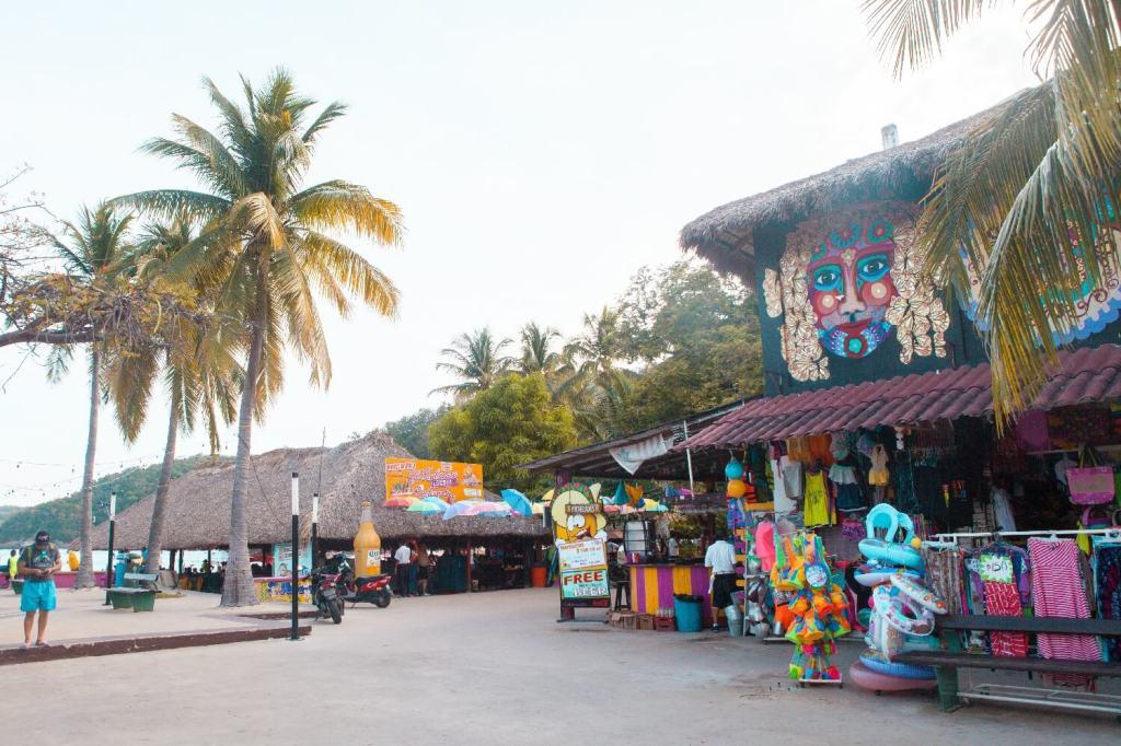 Strände von Oaxaca Santa Cruz