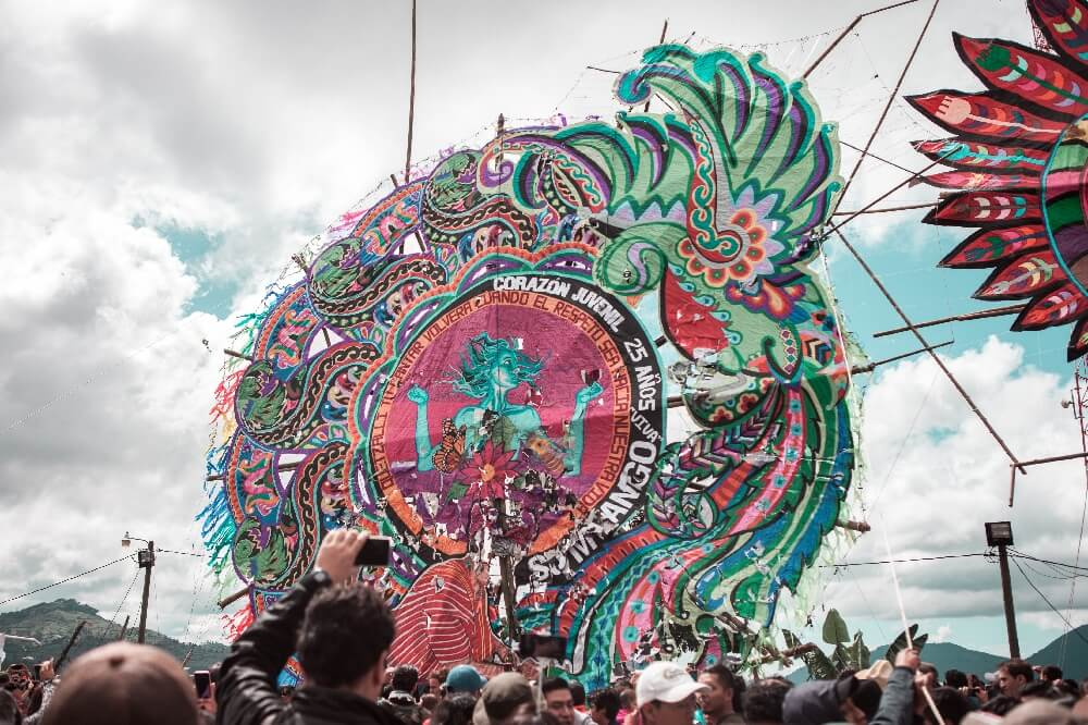 Drachenfest in Guatemala Aufstellen