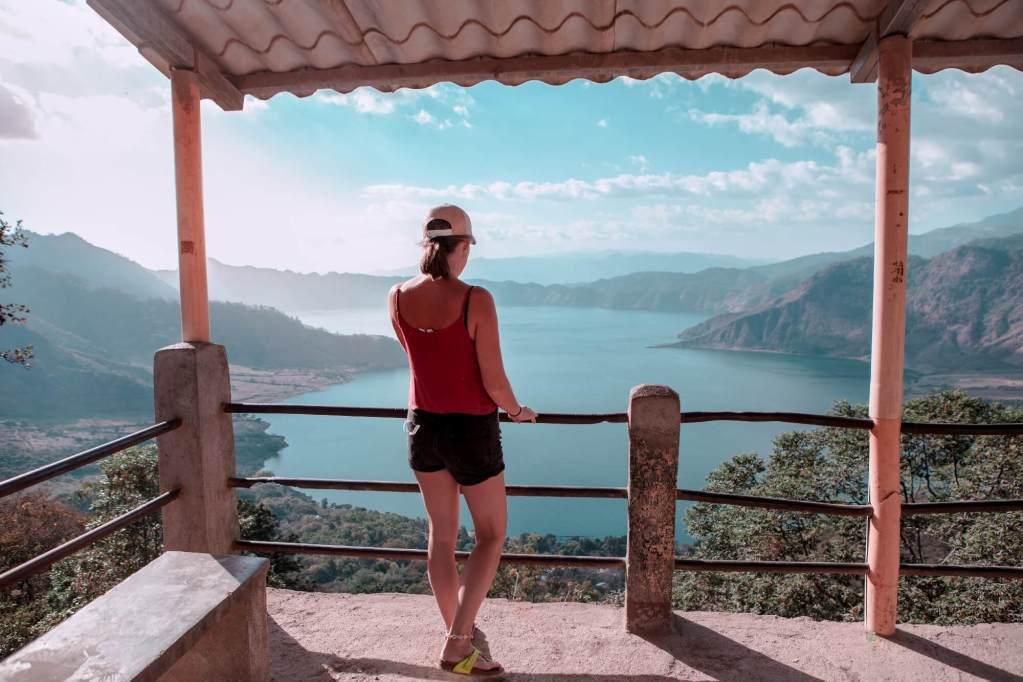 Aussichtspunkt am See