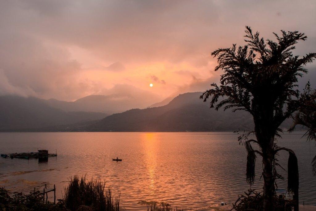 Beste Reisezeit Guatemala Sonnenuntergang